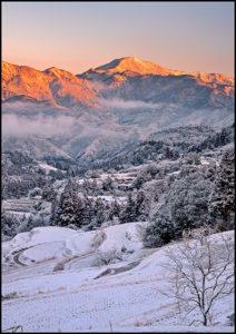 「雪の朝」山下晃一